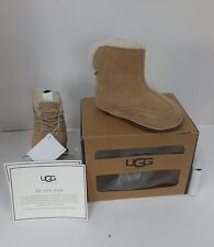 UGG Boo Bootie M (Infant) Color: Chestnut