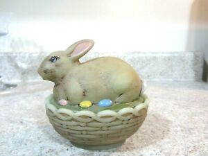 """Mosser Glass 4 1/2"""" Jade Green Hand painted Covered Easter Bunny Box, new"""