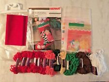 Bernat Quickstitch Kit Sugar Plum 1979 Christmas Santa Stocking Girl Cat WO8560