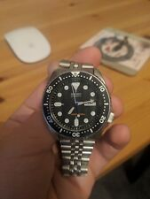 Seiko SKX007  Mens Automatic 200M Divers Watch