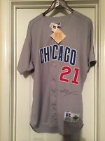 SAMMY SOSA Chicago Cubs Autographed/Signed Jersey  Authentic Diamond Collection.