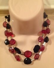 WHITE HOUSE BLACK MARKE SHORT 2 STRAND RED AND BLACK CRYSTAL NECKLACE-RV $58-NEW