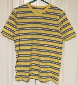 Urban Pipeline Youth Boy's XL T-Shirt Short Sleeve Yellow Striped V-Neck