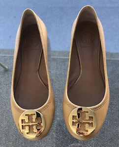 Tory Burch REVA Tan Leather Gold Medallion Ballerina Flats Shoes~6 1/2 EUC