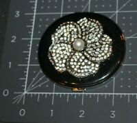 GORGEOUS SAKS FIFTH AVENUE RHINESTONE COMPACT 2 MIRRORS, 1 MAGNIFYING