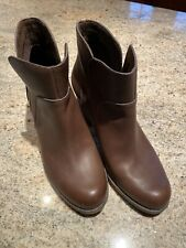 Timberland Women's Stacked Heel Booties- Size 8.5M