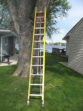 Bauer 24 Fiberglass Extension Ladder Ew Polecable Hooks 31324f Iaa Heavy Duty