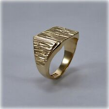 Gents Textured Gold Signet Ring, Edinburgh hallmark