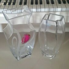 2 VASES 1 WOMAR GLASS PRECIOUS STONE AGATE SERIES 11 INCH AND 1 CLEAR GLASS