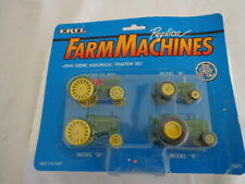 ERTL FARM MACHINES JOHN DEERE HISTORICAL TRACTOR SET W/COLLECTOR CARDS 1990