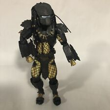 "2015 NECA   ALIEN vs. PREDATOR  AVP (missing Accessories) 8"" FIGURE Not Complete"