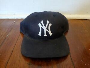 New York Yankees MLB Twins Enterprise Vintage 1990's Snapback Cap Hat - NWT