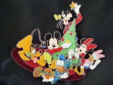 MICKEY+GANG DECORATE XMAS TREE LE JUMBO 2004 Disney Pin