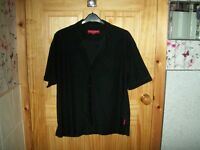 *** LOOK** DICKENS & BROWNE BLACK SHIRT CHEST 44 INS ***