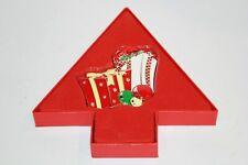 "NEW IN BOX NEWBRIDGE SILVERWARE CHRISTMAS DECORATION ""PRESENTS"" ORNAMENT"