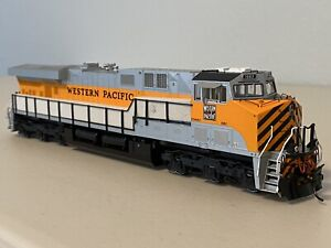 InterMountain 49760-02 :: Western Pacific ES44AC Diesel Loco - DCC-Equipped HO