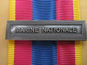 Agrafe  MARINE NATIONALE  pour la Médaille Défense Nationale
