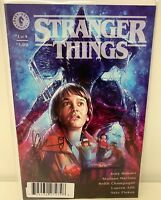 Stranger Things #1 Cover C Signed CHAMPAGNE Dark Horse DYNAMIC FORCES NM 2018