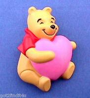 Hallmark PIN Valentines Vintage WINNIE The POOH HEART Disney Holiday Brooch