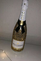 """Moët & Chandon Ice Impérial"" Kristallflasche Geschenkidee Gold @luxbottles_"