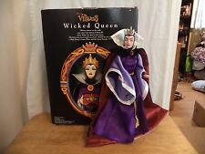 "Disney Villains ""Wicked Queen"" 12"" Doll (Good condition/Very Gently USED) w/box"
