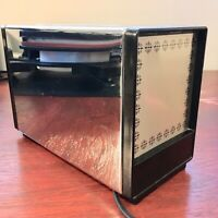 Vintage General Electric 2 Slice Chrome Pop Up Toaster.  Tested. Nice Condition.