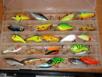 Storm Rapala Bagley Cotton Cordell Rebel Flat Sided Crankbaits 26 LURES! Big Lot