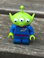 Lego - DISNEY Minifigures - TOY STORY ALIEN - MINT -  71012 - RARE - retired