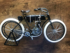 Xonex 1903-04 Harley Davidson Monocylinder 1/6 Scale Die Cast Model