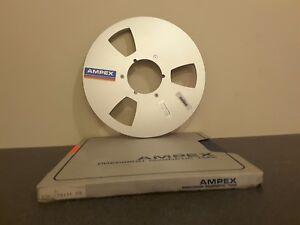 """EXCELLENT BOXED AMPEX NAB HUB METAL REEL TO REEL 10.5"""" X 1/4""""       1 rating"""