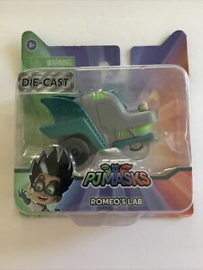 NEW PJ Masks ROMEO'S LAB Die-Cast Car RARE 2017 Toys-R-Us Kids Easter Egg Gift