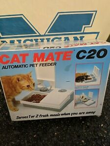Automatic Pet Feeder C20 Feed 2 Cats Kitty or Small Dogs While Away Cat Mate