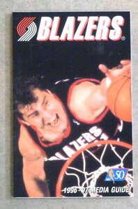PORTALAND TRAIL BLAZERS NBA BASKETBALL MEDIA GUIDE - 1996 1997 - NEAR MINT