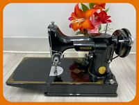 SEWING MACHINE SINGER FEATHERWEIGHT 221-1 Series AH 1947 OUSTANDING CONDITION