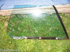 1990 BUICK REATTA RIGHT DOOR WINDOW GLASS  OEM ORIG USED GM PART 1991 1988 1989