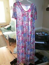 lorraine  NWT night gown. multi-color  floral  medium M  full length great gift