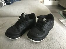 Nike Black Kids 👶 Running Shoes Laced Trainers size U.K. 8.5 👶 children 👶