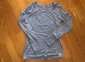 Gap fit womens long sleeves top-S