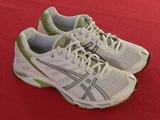ASICS Women's GEL-DS Trainer Running Shoe  -  9M (8.5M)