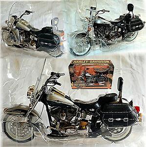 Harley Davidson 2003 Heritage Softail Classic 100 Year Harley 1:10 Ertl 36941