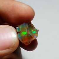 10 Cts NATURAL WELO PLAY FIRE ETHIOPIAN OPAL ROUGH SPECIMEN 16x12x11 MM)R36