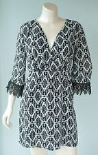 Almost Famous Junior's Size M Black & White Scroll 3/4 Sleeve Crochet Dress