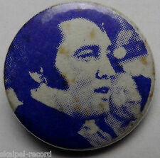 ELVIS PRESLEY VINTAGE 70`s / 80`s 25mm bouton Badge Broche EP105