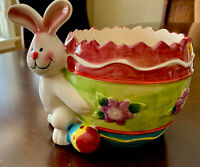 Vintage Easter Rabbit Bunny Painted Cracked Egg Planter Candy Trinket Dish NICE!