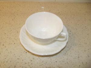 Beautiful Coalport Countryware Tea Cup & Saucer