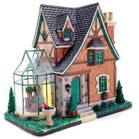 Lemax 2015 Tudor Home Caddington Village #55962 Rare Collectible Porcelain House