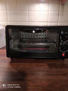 Black mini Toaster Oven - New And Unused