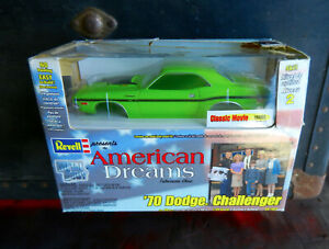 REVELL 1970 SUBLIME DODGE CHALLENGER R/T 440 SIX PACK FROM AMERICAN DREAMS TV