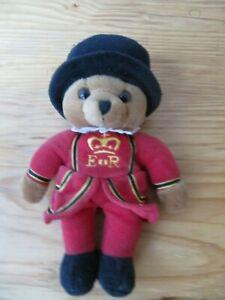 Keel Toys Teddy Bear Bär London Beefeater Tower Guard 23 cm Stofftier Plüschtier