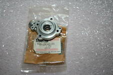nos Yamaha snowmobile 1988-90 Ex570 exciter oil pump outer cover 84m-13140